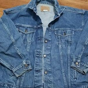 Vintage Levi's Jean Jacket Size L   USA made